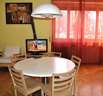 Lillà Casa PROMETEO soggiorno cucina accoglienza milano